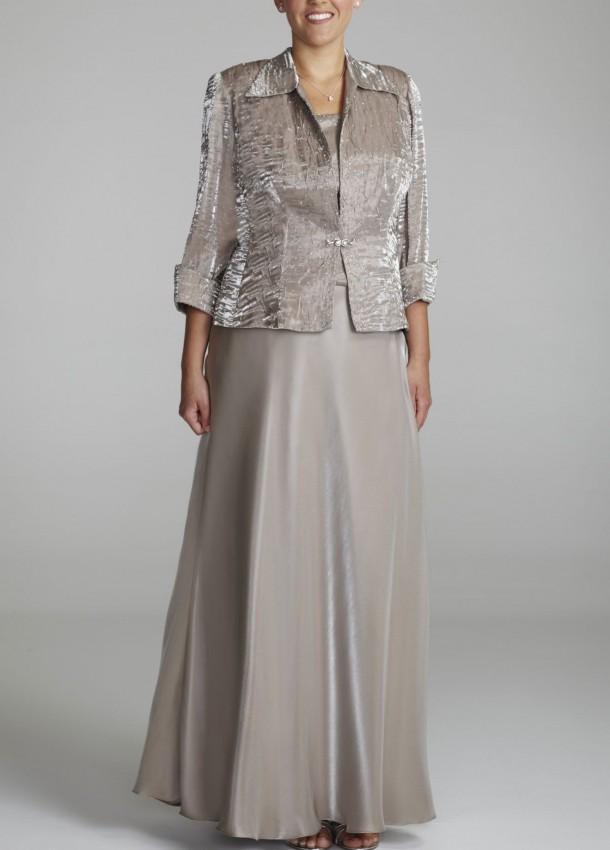 Photo via www.dressesunder-100.com