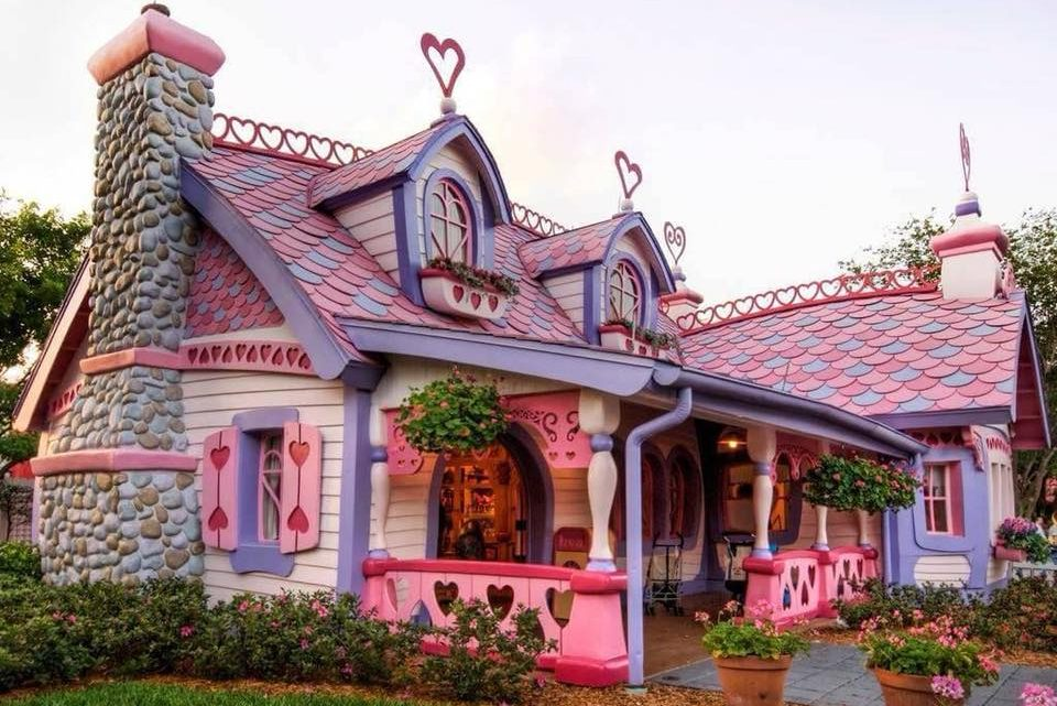Cute Small Houses Will Make You Believe in Fairy-Tales