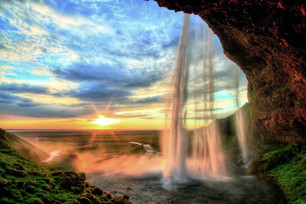 waterfall natural wonders