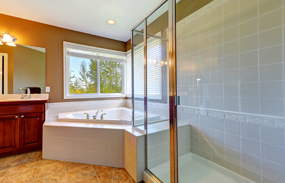 Briefly Introduction About The Bathroom Shower Screen