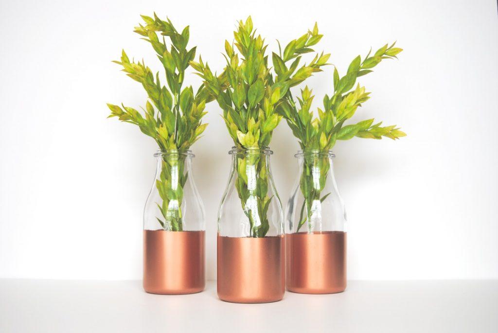 spray paint vases