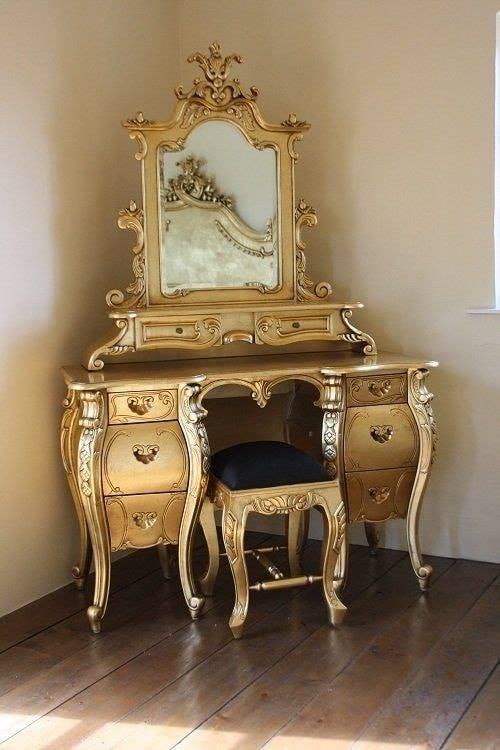 gold accent furniture