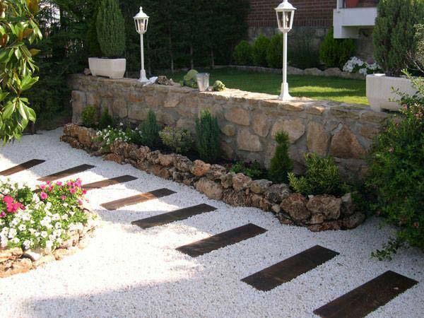 pebble garden flooring