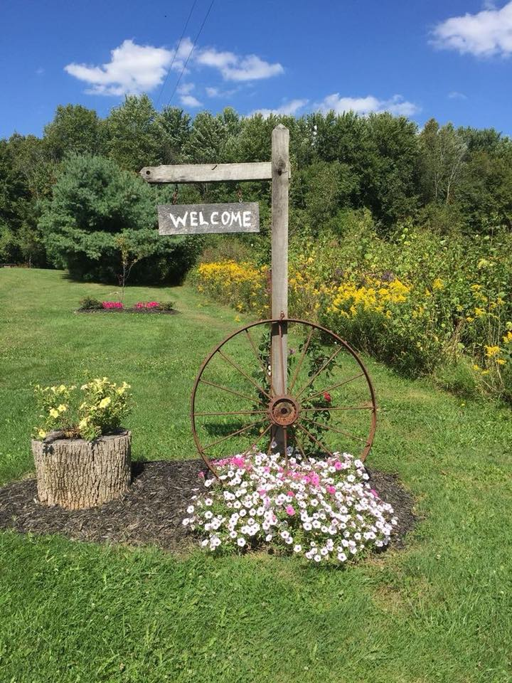 wagon wheel garden art