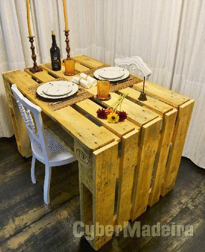 kitchen bar from pallets