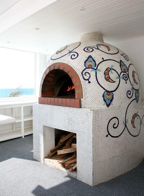 barbecue or pizza oven