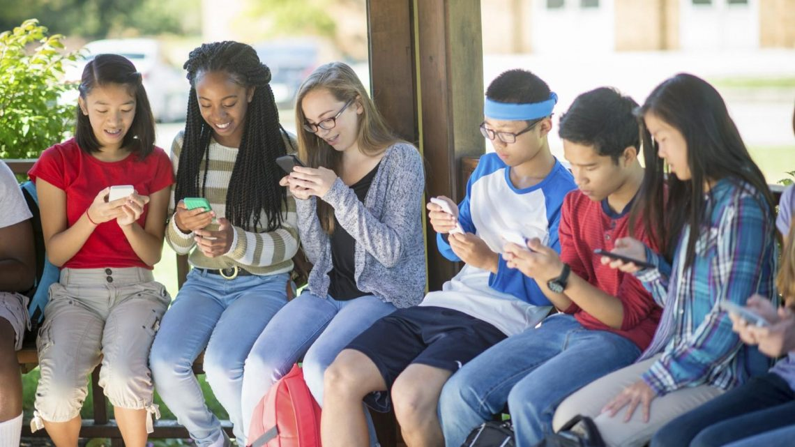 Five Hazards Of Social Media For Teens
