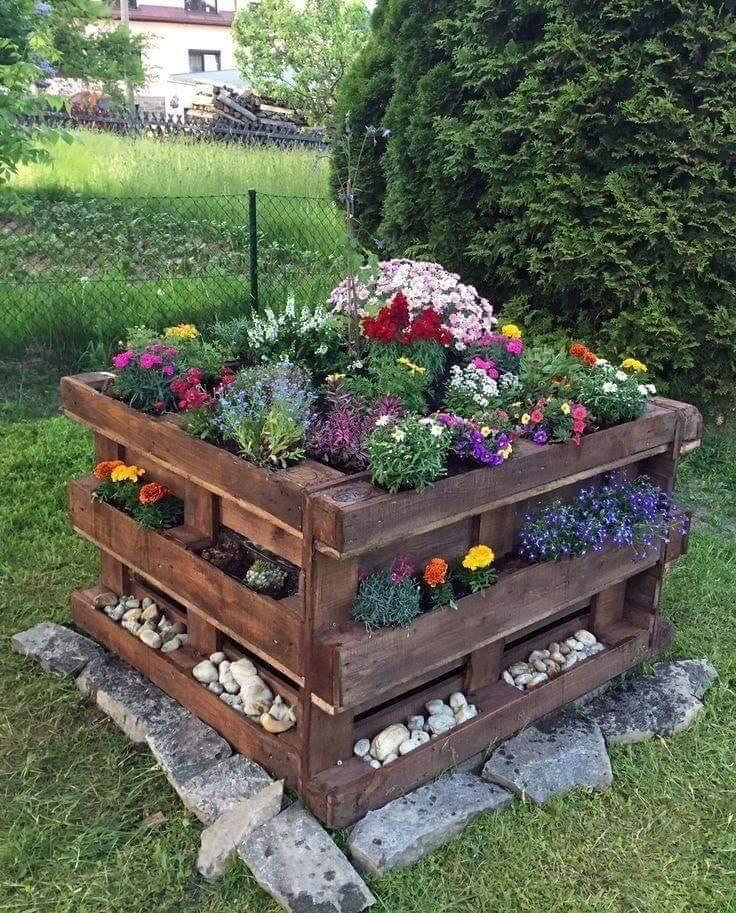pallet flower beds