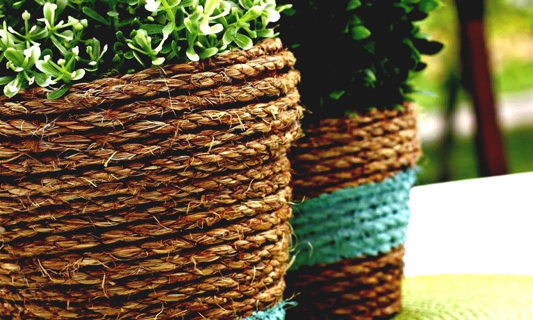 DIY Flower Vase by Using Box and Rope