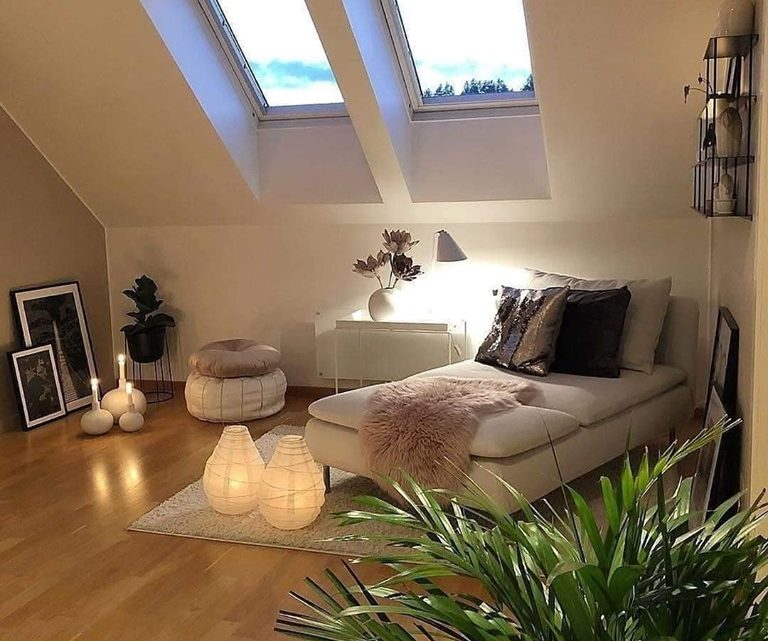 Attic Rooms Decor and Roof Terrace