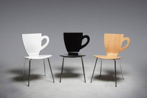 coffee cups chairs