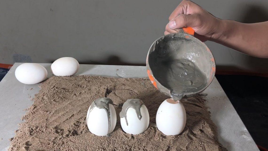 DIY Bonsai Pots With Cement and Eggs