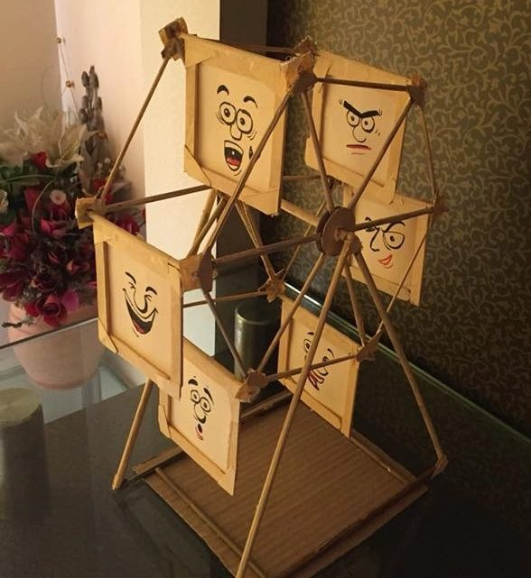 DIY Photo Display Frame With Bamboo and Ice Cream Sticks