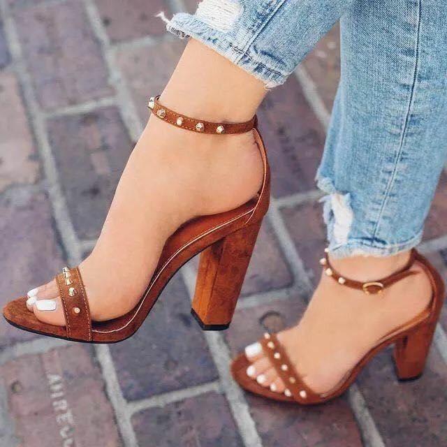 brown trend color