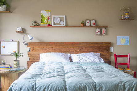DIY PROJECT: Wooden Pallets Bed Frames