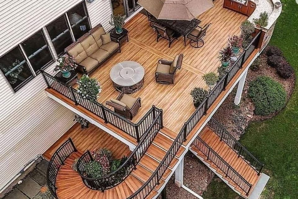 Take a Glimpse in Stunning Wooden Decks
