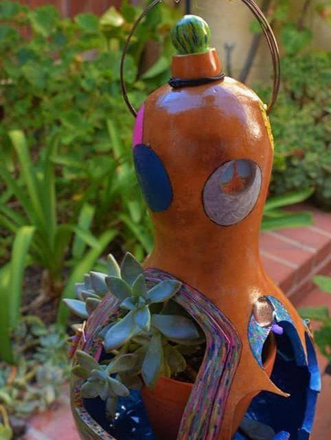 Amazing Gourd Planter Ideas for your Garden